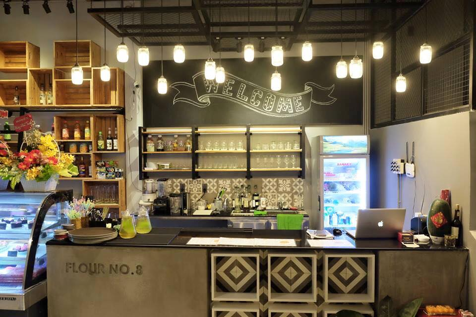 ban-ghe-cafe-the-coffee-house-03