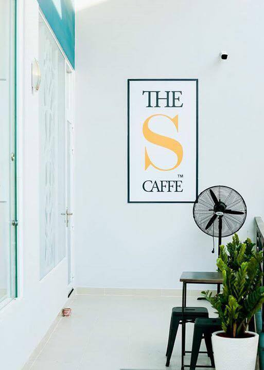 ban-ghe-cafe-the-s-caffe (2)
