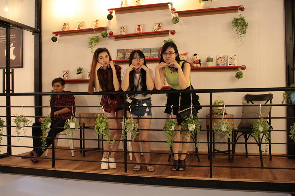 ban-ghe-cafe-quan-yame-09